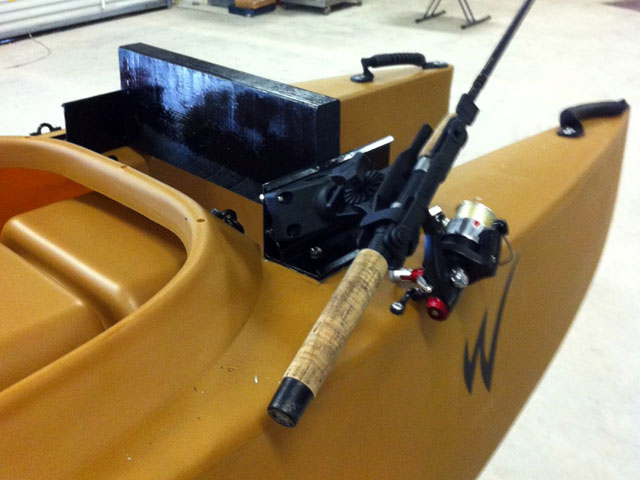 DIY motor mount for fishing kayak. Texas